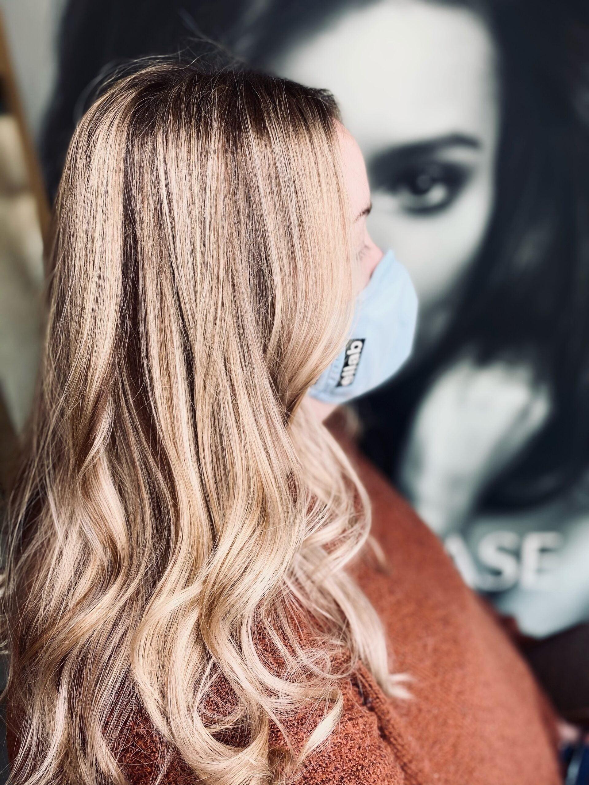 Long wavy blonde