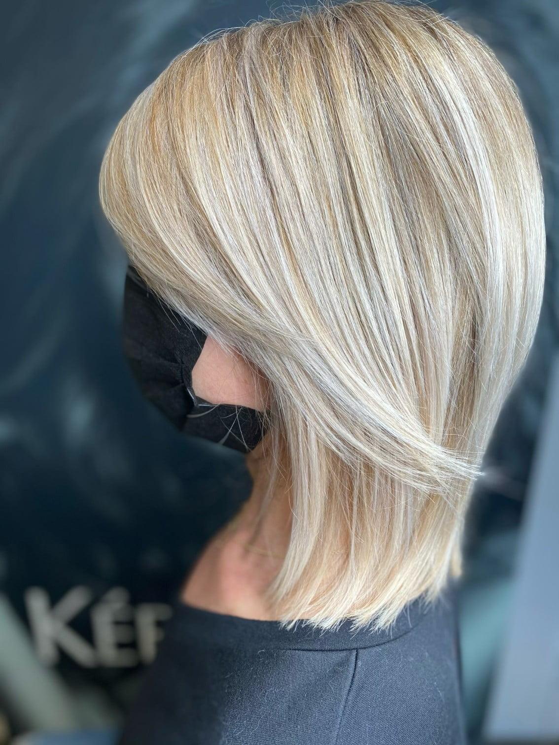 Ania Hair Salon_ short blonde